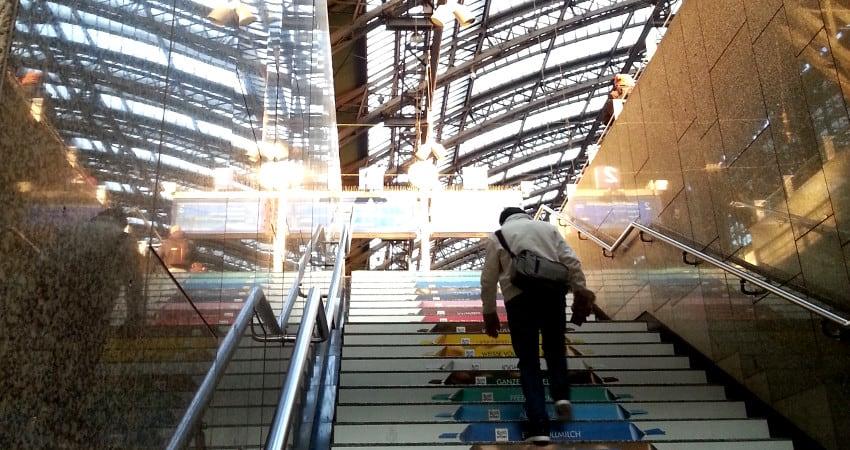 Ermäßigte BahnCard für Studenten – Für 39 Euro mit der My BahnCard 25 ein Jahr lang 25% bei der Deutschen Bahn sparen