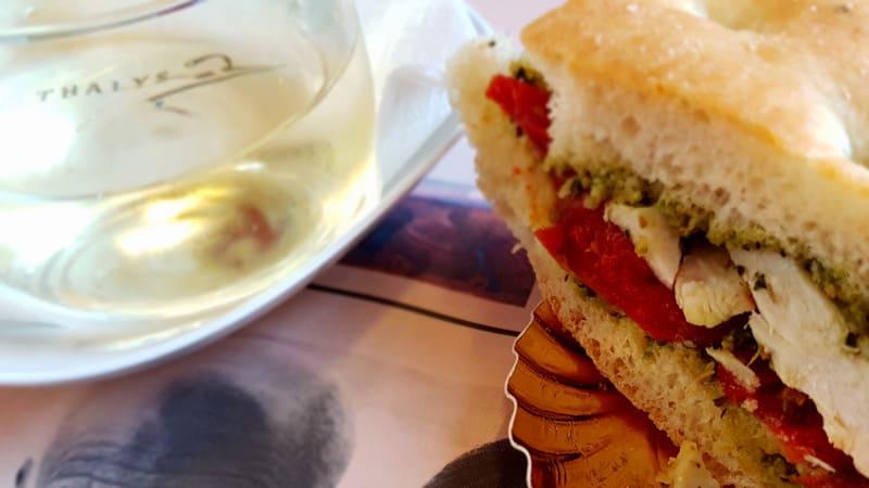 Thalys 1.Klasse Essen: Snacks im Thalys Sandwich und Getränke Service in der Comfort 1 Klasse