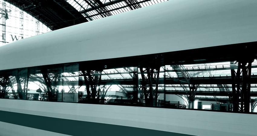 Douglas Parfümerie Waggon im ICE der Deutschen Bahn